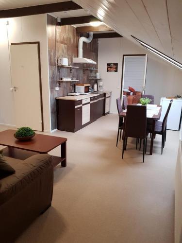 Majutus-Otepääl-Külalistemaja-Kanepis-16-e1571854533815