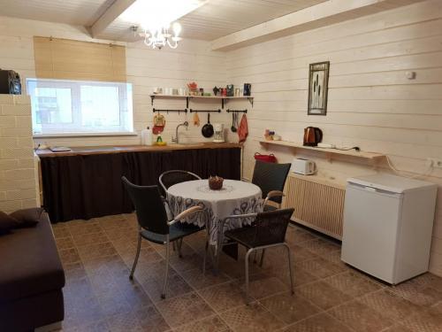 Majutus-Otepääl-Külalistemaja-Kanepis-25